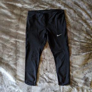 Nike Epic LUX Crop